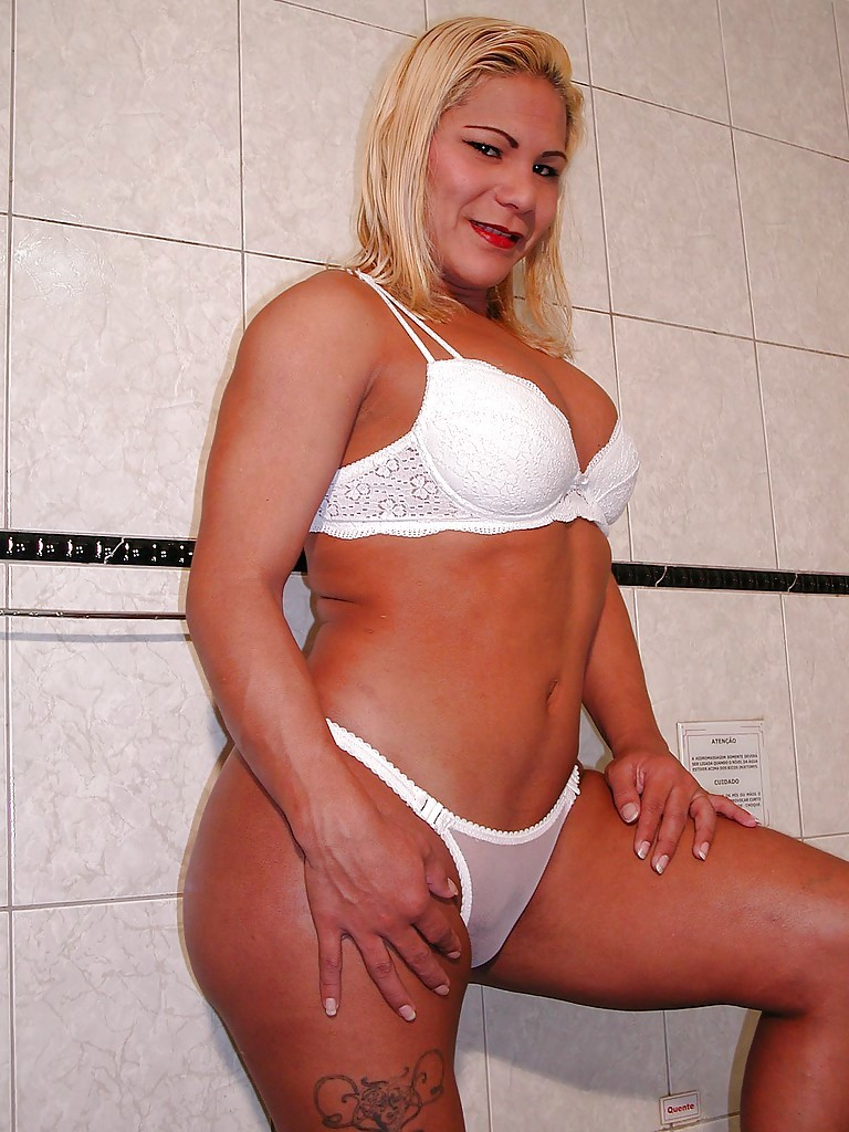 gloryhole wife stories with pics